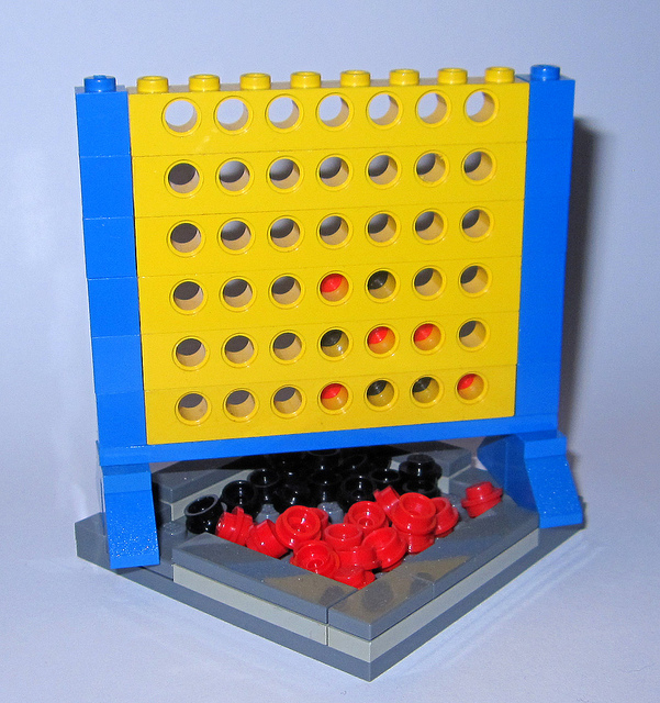 LEGO Connect Four by Ayleen Dority on Fllckr, licensed under Creative Commons